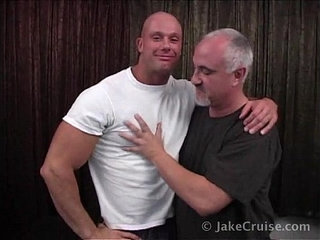 joe thunder massage