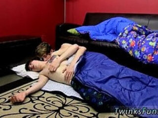 Gay emo teen loves anal bondage The jizz dumping facials the men share with