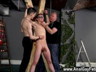 Free movies of hot nerdy gay men Inexperienced Boy Gets Owned